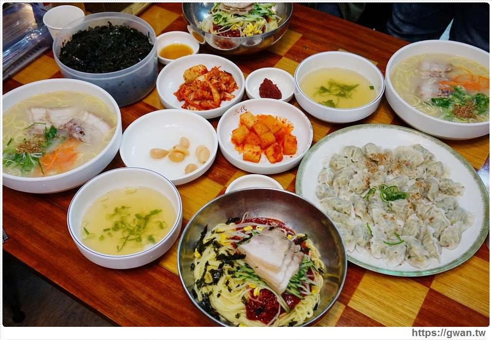 韓國 濟州島特色美食 |  三代麵條會館,只有濟州島才能吃到的豬肉湯麵!!