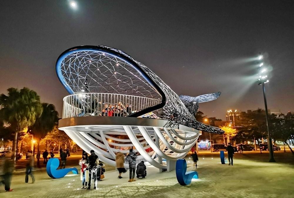 2019 台南新地標『大魚的祝福』| 巨大鯨魚現身安平港濱歷史公園,台南安平新景點!!
