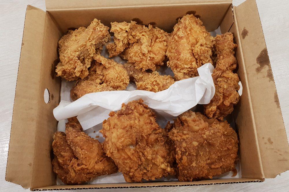 肯德基國際炸雞日,九塊雞只要309元,想吃剩三天!!網友還推50155也很狂~