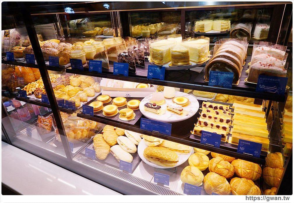 20190831210352 63 - 全台第一間全聯咖啡館開幕囉!早上就能吃到多款甜點,營運首日人潮擠爆~