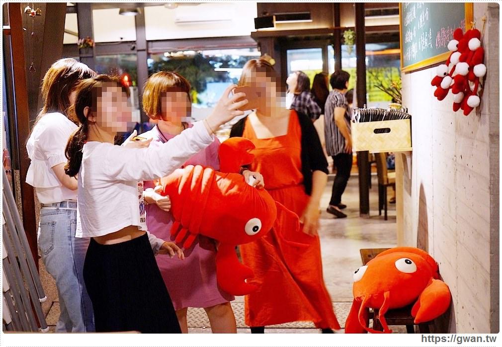 20190926190437 86 - 熱血採訪 | 台中第二波帝王蟹崩盤價倒數75隻,菁選涮涮鍋 假日人潮大爆滿,沒預約吃不到