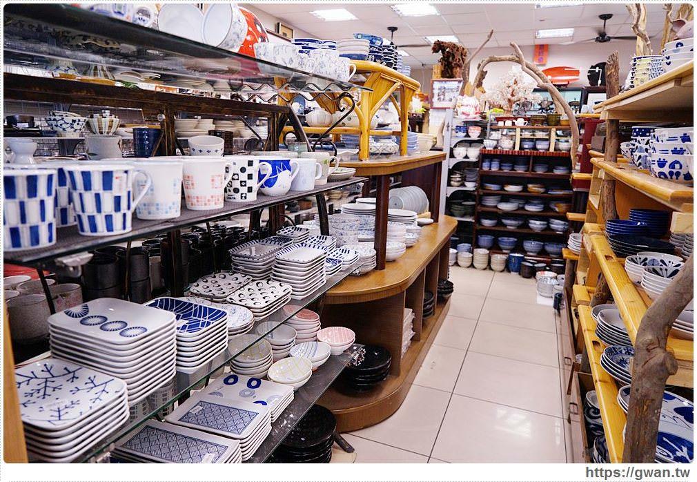 台中友品瓷器批發週年慶 | 超多日式瓷器碗盤不到30元,餐具控走進來請小心!