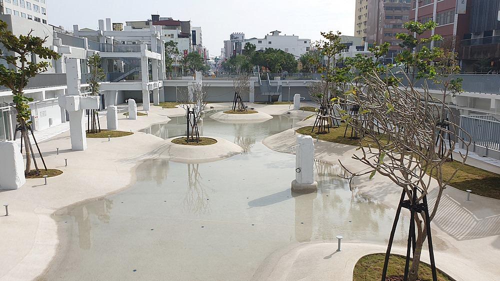 台南新地標河樂廣場預計2月底前啟用,打造市區最大親水廣場!