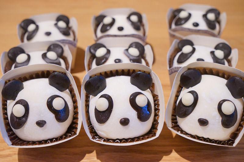 卷卷烘焙熊貓大福買一送一優惠券,跟著關關看世界TG會員限定!