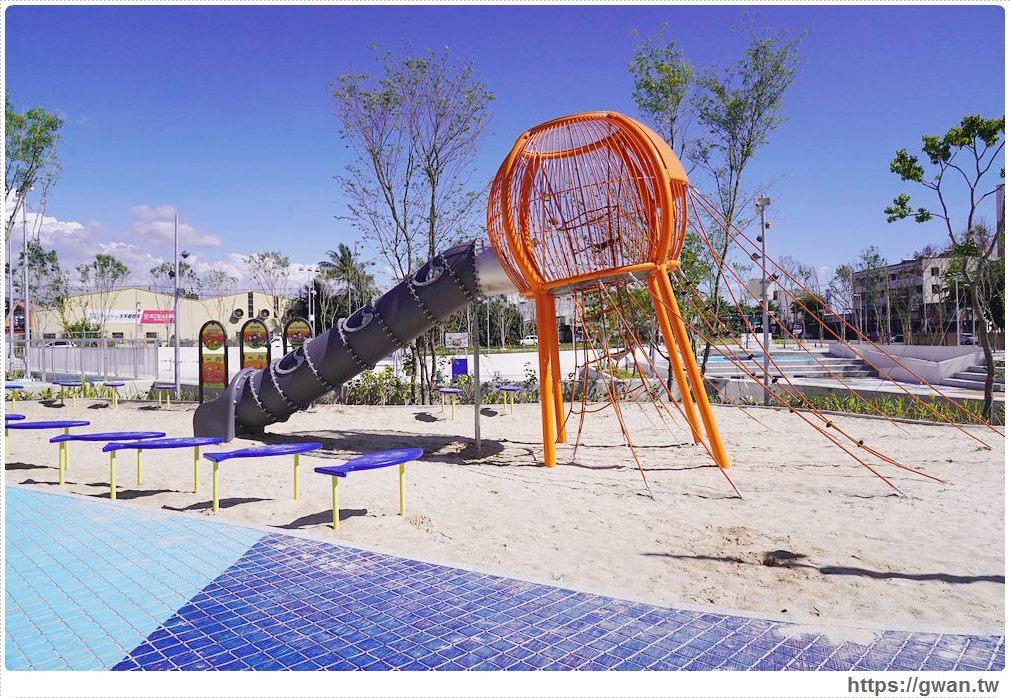 20200517215205 21 - 大里草湖防災公園啟用囉!台中首座多功能防汛公園,還有水母溜滑梯和籃球場