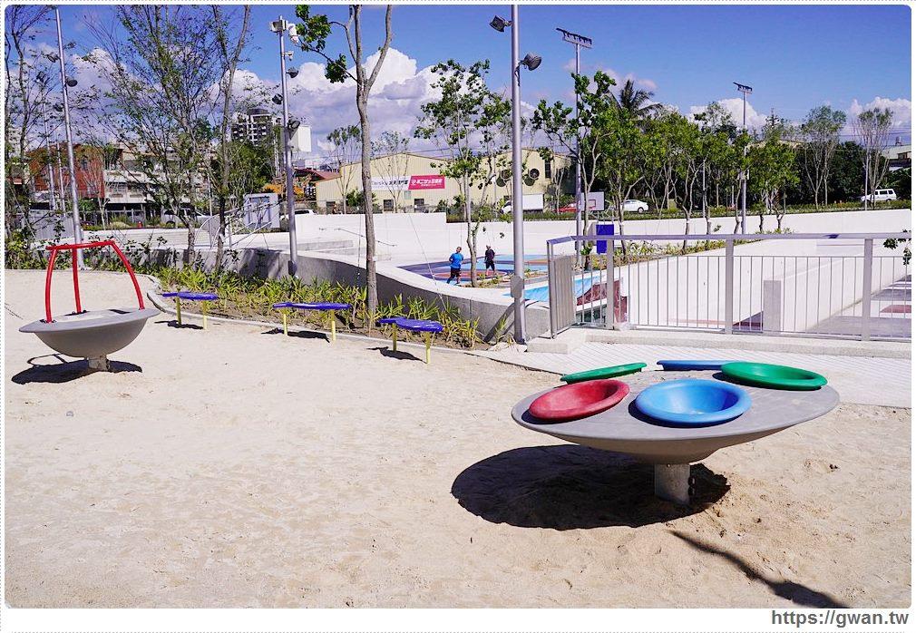 20200517215207 87 - 大里草湖防災公園啟用囉!台中首座多功能防汛公園,還有水母溜滑梯和籃球場
