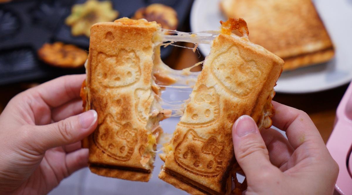 Hello Kitty熱壓三明治機,3分鐘壓出美味Kitty吐司,還可做鬆餅、鯛魚燒