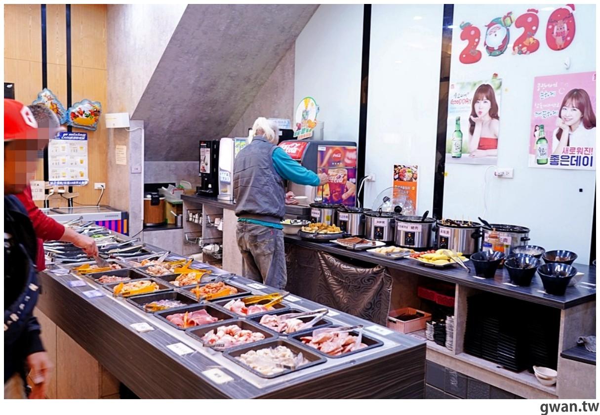20201215213417 8 - 熱血採訪 台中韓式烤肉吃到飽!烤肉、熱湯、小菜任你吃最低只要369元,周年慶期間還免收服務費~