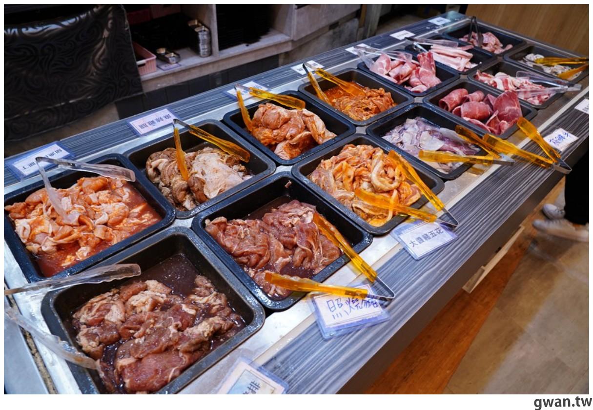 20201215213419 51 - 熱血採訪 台中韓式烤肉吃到飽!烤肉、熱湯、小菜任你吃最低只要369元,周年慶期間還免收服務費~