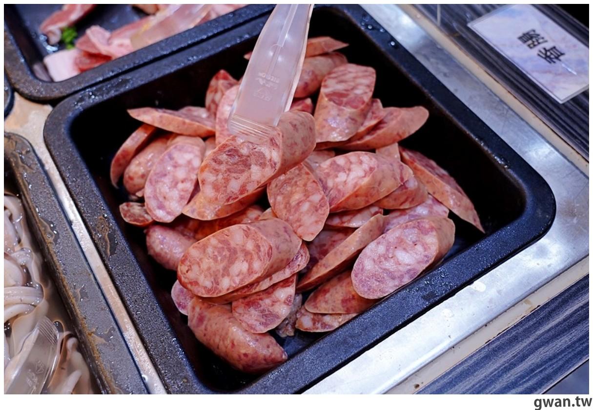20201215213422 34 - 熱血採訪 台中韓式烤肉吃到飽!烤肉、熱湯、小菜任你吃最低只要369元,周年慶期間還免收服務費~