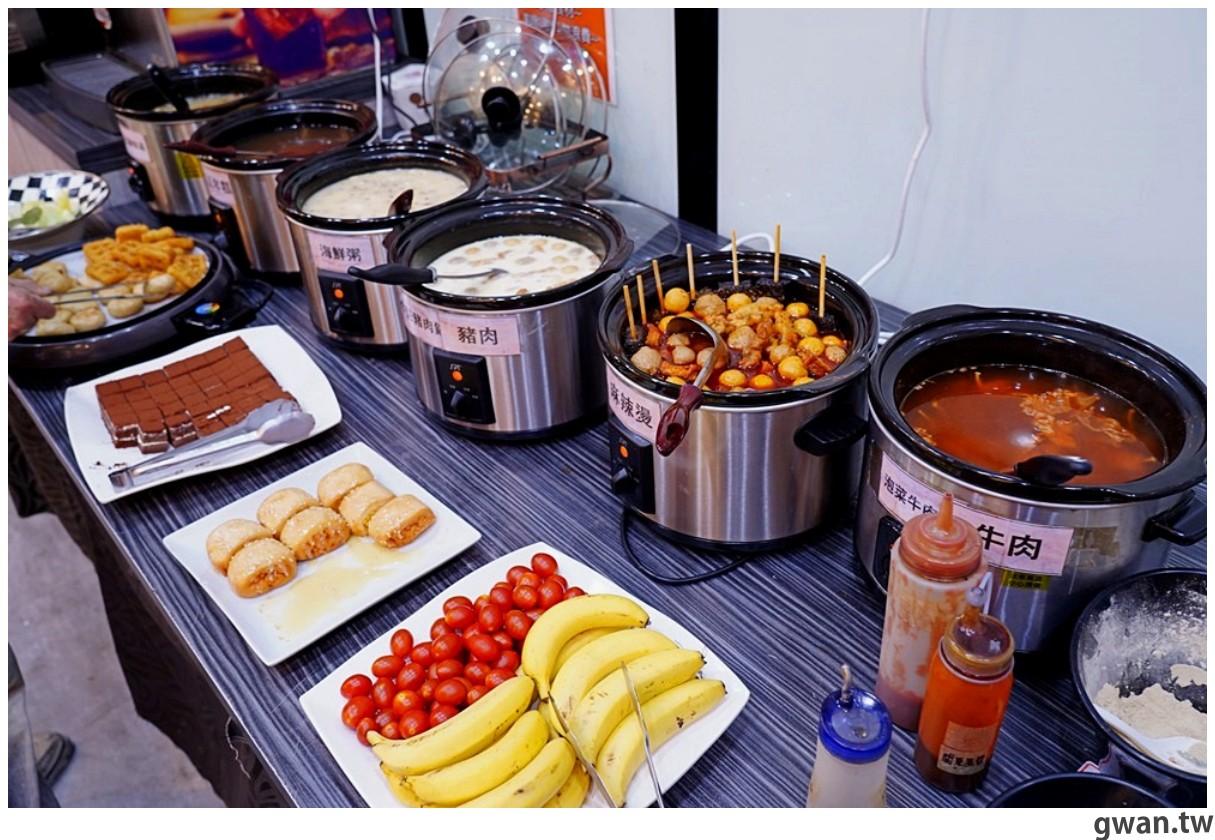 20201215213439 57 - 熱血採訪 台中韓式烤肉吃到飽!烤肉、熱湯、小菜任你吃最低只要369元,周年慶期間還免收服務費~
