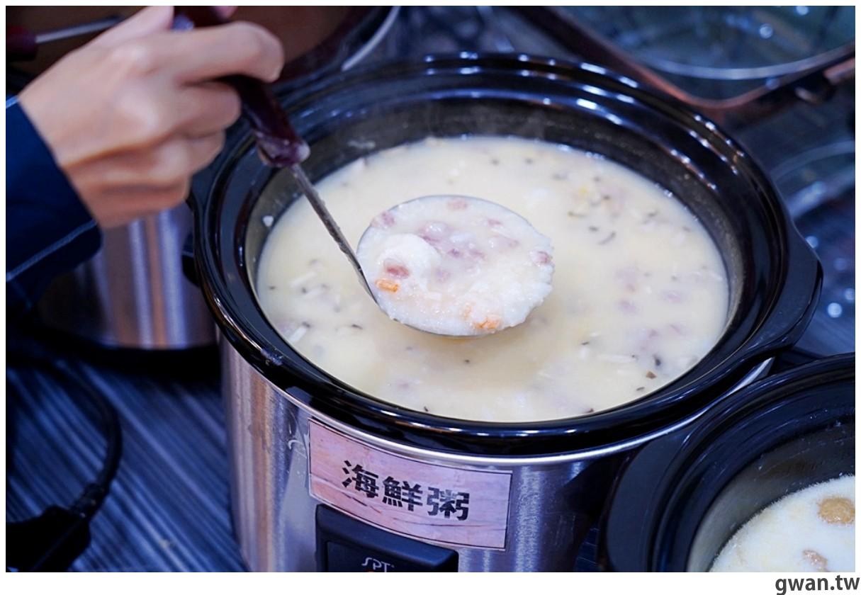 20201215213441 89 - 熱血採訪 台中韓式烤肉吃到飽!烤肉、熱湯、小菜任你吃最低只要369元,周年慶期間還免收服務費~