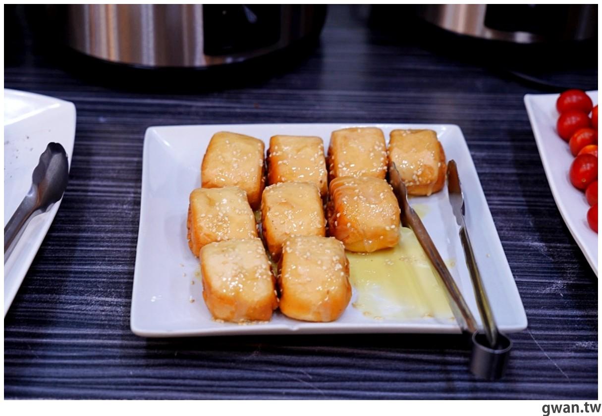 20201215213457 88 - 熱血採訪 台中韓式烤肉吃到飽!烤肉、熱湯、小菜任你吃最低只要369元,周年慶期間還免收服務費~