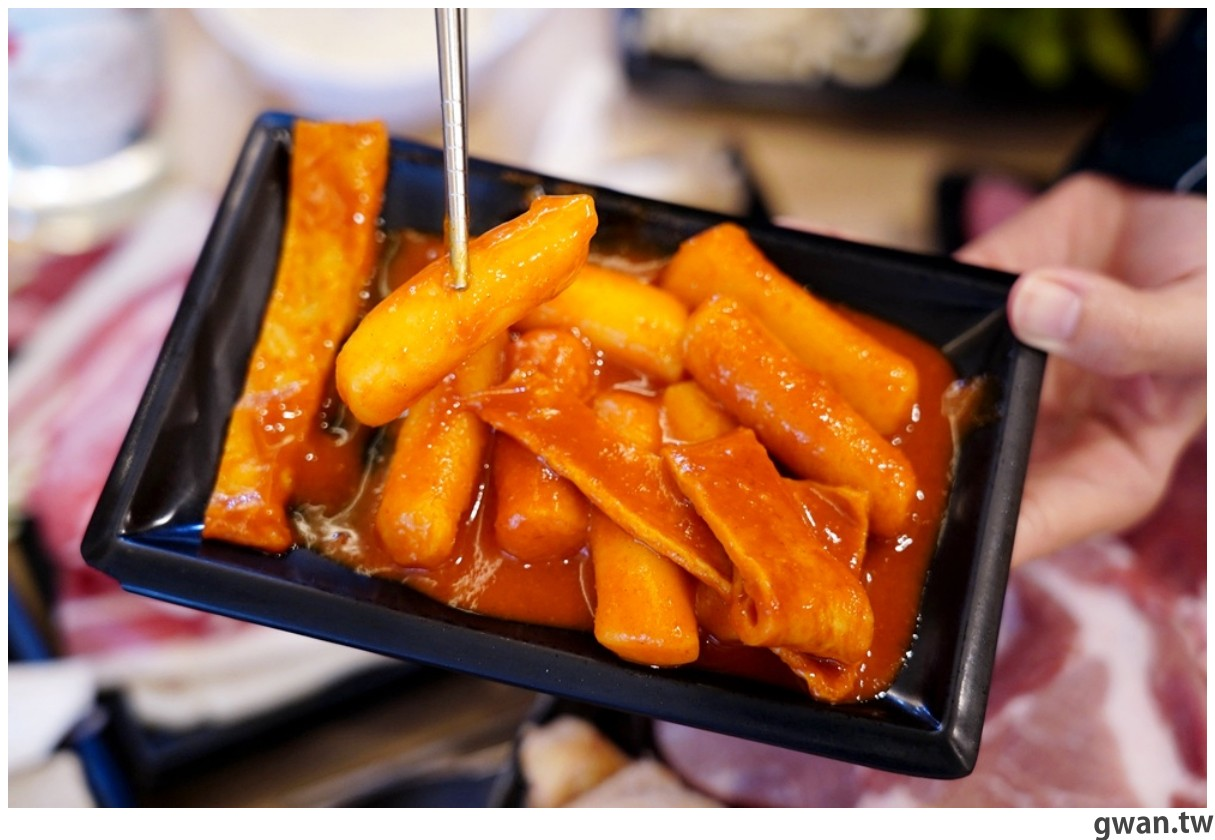 20201215213458 51 - 熱血採訪 台中韓式烤肉吃到飽!烤肉、熱湯、小菜任你吃最低只要369元,周年慶期間還免收服務費~