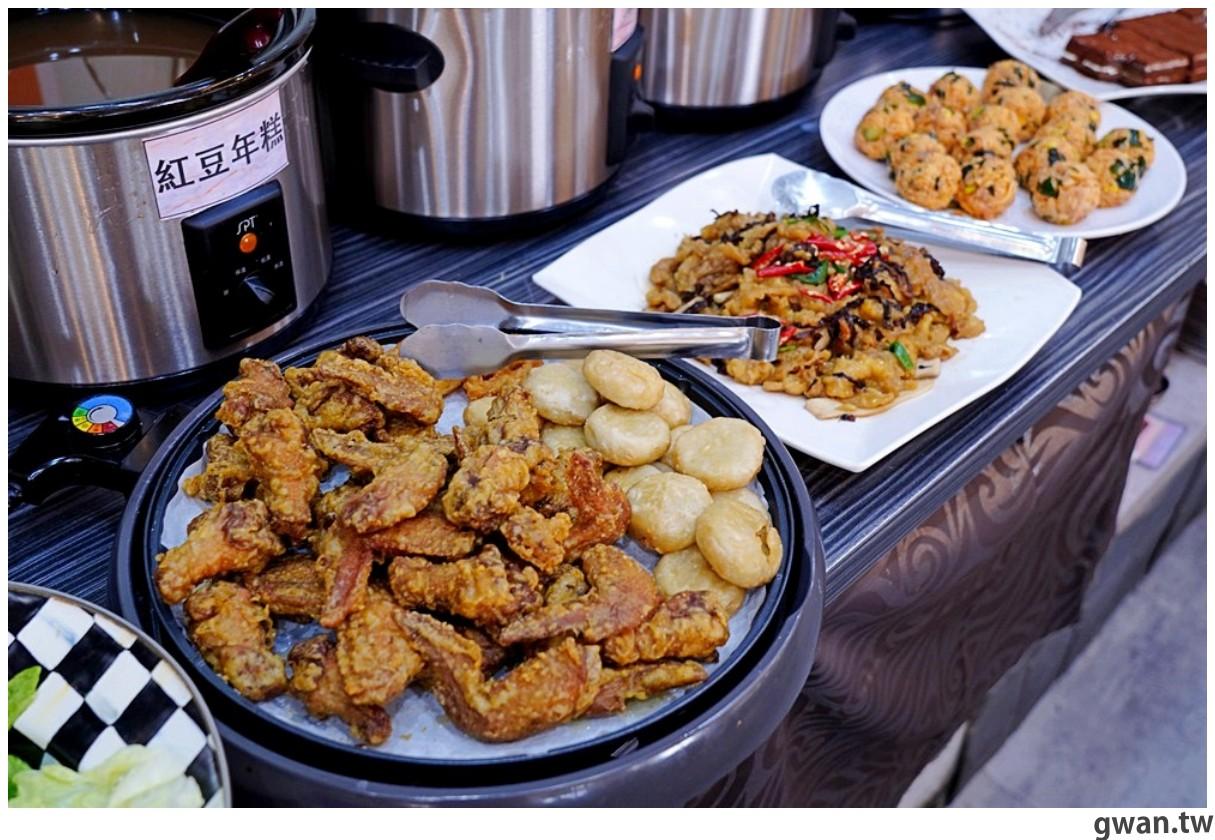 20201215213516 81 - 熱血採訪 台中韓式烤肉吃到飽!烤肉、熱湯、小菜任你吃最低只要369元,周年慶期間還免收服務費~