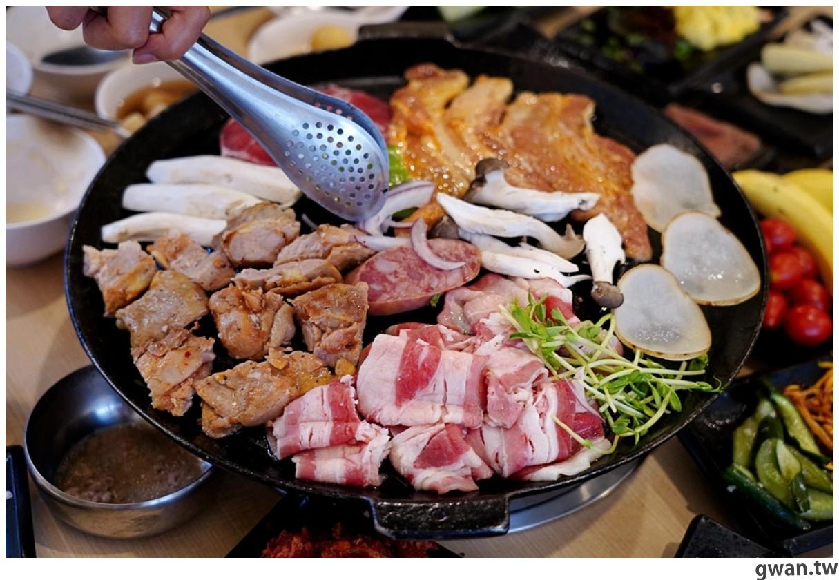 20201215213556 16 - 熱血採訪 台中韓式烤肉吃到飽!烤肉、熱湯、小菜任你吃最低只要369元,周年慶期間還免收服務費~