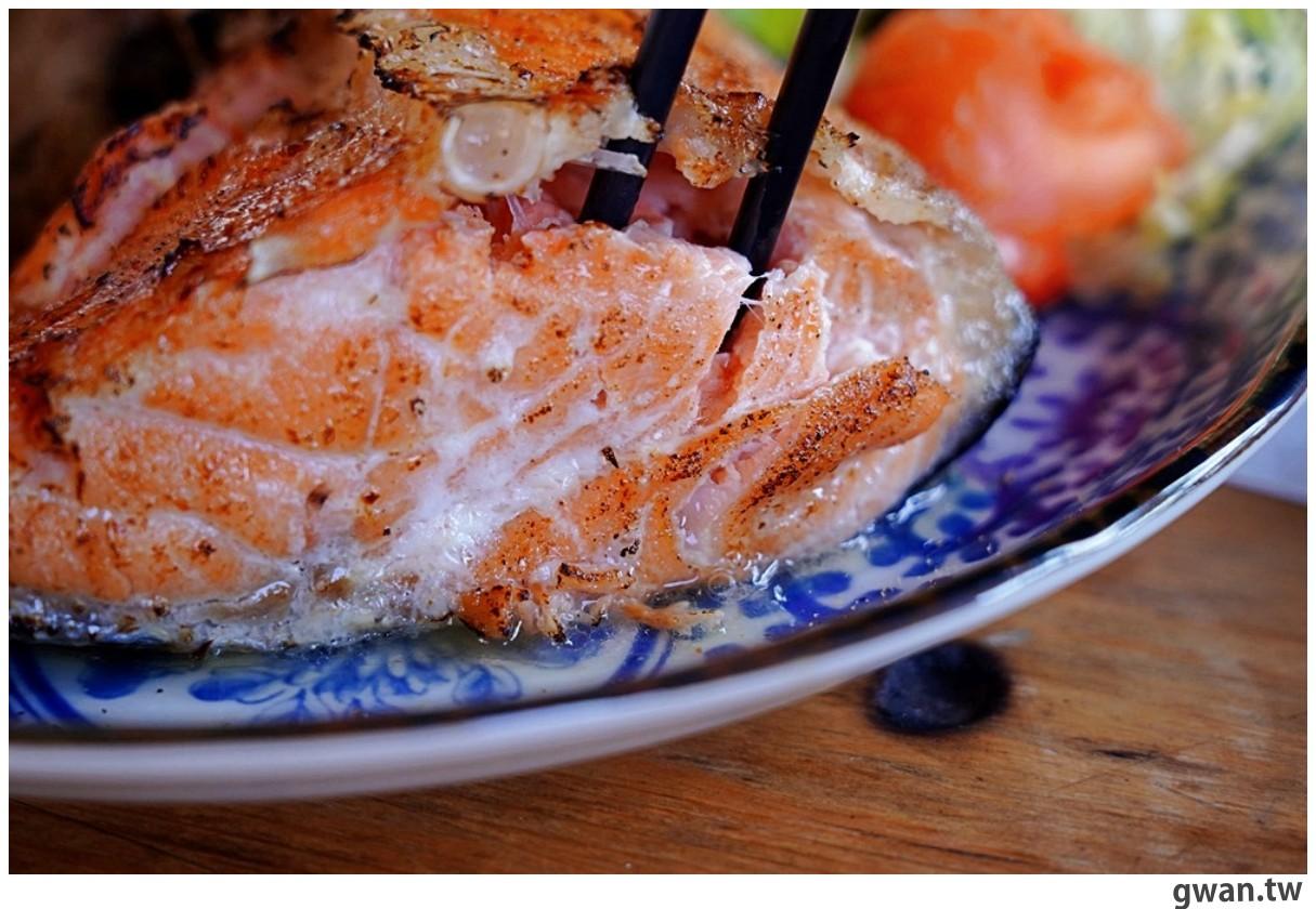20201221233756 27 - 熱血採訪|開在大馬路邊卻總是錯過的日式料理,還有台中少見的焗烤壽司!