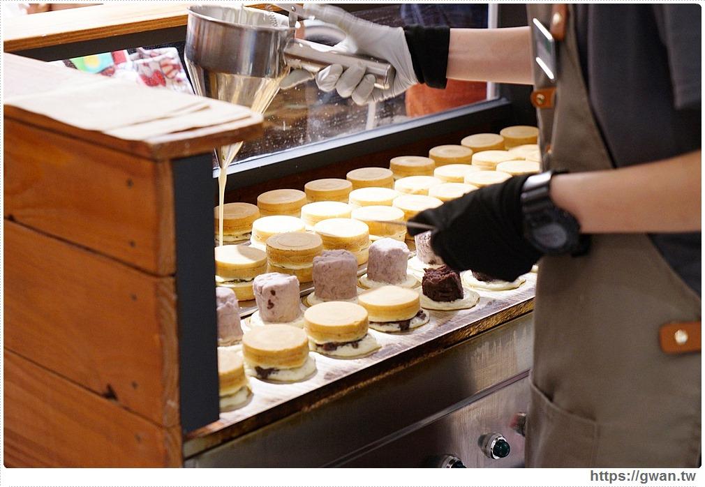 新竹超厚紅豆餅快閃台中!限定口味只有這裡吃得到,一開幕就滿滿人潮