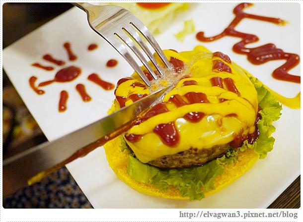 台中-一中街-雙魚二次方-創意漢堡義大利麵-造型漢堡DIY-46-868-1