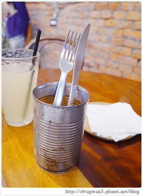 板橋早午餐-brunch-merci cafe-捷運板橋站-巷弄早午餐-人氣早餐店-11-396-1
