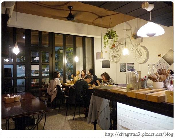 新北市-中和-eating-全日早午餐-義大利麵-簡餐-巷弄美食-藝文展覽-平價-咖啡-下午茶-輕食-10-975-1