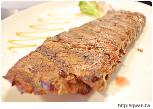 超越原味炭烤牛排,台北,捷運美食,景美萬隆店,內湖店,原塊牛排,炭烤牛排,Prime級牛肉,平價牛排,人氣牛排店,非凡大探索-24-516 (065)-1