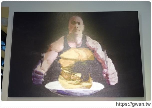 捷運美食,光頭佬美式餐廳,大坪林站,寵物友善餐廳,台北早午餐,早午餐,美式料理,大份量,新店區,世新,京采飯店,超大雞排,蘋果奶酥-5-322-1