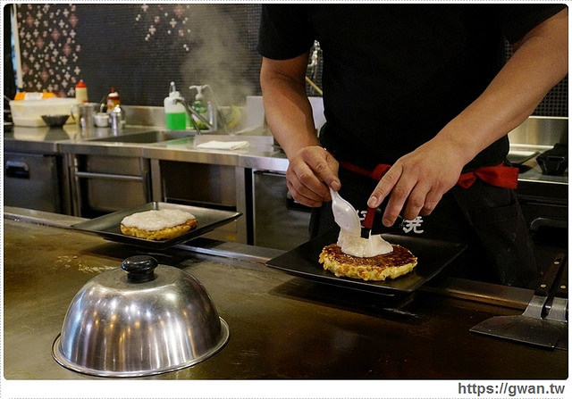 gudetama,捷運美食,道頓堀,大阪燒,御好燒,蛋黃哥,懶懶的,期間限定,人氣美食,日式料理, DOHTONBORI,鐵板料理,蛋黃哥鐵板料理,主題餐廳-12-673-1